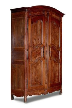 Online veilinghuis Catawiki: Een provenciale Louis XV noten en kersenhouten 2-deurskast - Frankrijk - 2e helft 18e eeuw