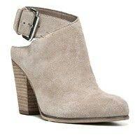 Shoes.com  (  Women'sCARLOS BY CARLOS SANTANA Hawthorn $88.95