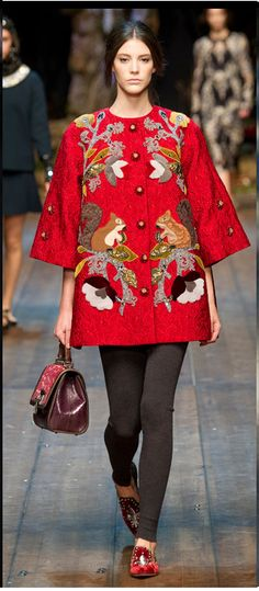 Dolce and Gabbana + woodland creatures. I just died.