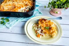 Familiefavoritten i ny drakt. Få oppskriften her. Lasagna, Macaroni And Cheese, Recipies, Dinner Recipes, Parmesan, Ethnic Recipes, Food, Recipes, Mac And Cheese