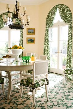 Dining Room Gorgeous breakfast room inspiration - kelly green Imperial Trellis draperies on arched windows, Rose Cumming chair fabric and carpeting - tole chandelier - Janet Simon's Somerset, NJ home Arched Window Treatments, Arched Windows, Shaped Windows, Round Windows, Window Coverings, Drapes And Blinds, Drapes Curtains, Green Palette, Interior Decorating