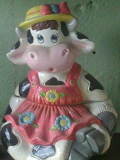 Ceramic Bisque, Cookie Jars, Farm Animals, Ceramics, Christmas Ornaments, Cows, Holiday Decor, Biscuit, Angeles