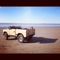 Best Land Rover Models : Illustration Description LandRover -Read More – Landrover Serie, Offroad, Land Rover Off Road, Land Rover Models, Land Rover Series 3, Adventure Car, Best 4x4, Range Rover Classic, Engin