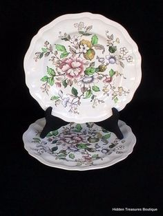Royal Doulton Monmouth 2 Dinner Plates Floral Pink Blue Yellow Flowers Scalloped