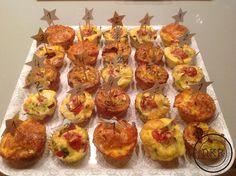 Hoe oneindig kun je combineren tijdens het maken van eiermuffins. Gebruik bacon of spekreepjes, geraspte kaas, rauwe ham, tomaatjes, slagroom, of creme fraiche, prei, paprika, salami, ...