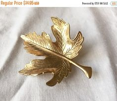 by StudioVintage on Etsy Golden Leaves, Vintage Brooches, Gold Leaf, Mid Century, Buy And Sell, Etsy Shop, Handmade, Stuff To Buy, Jewelry