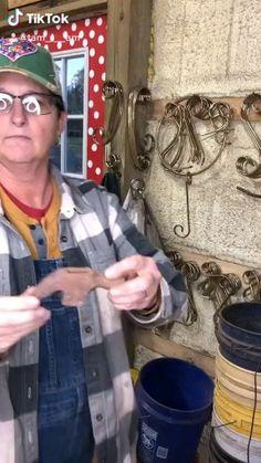 Welding Art Projects, Metal Art Projects, Metal Tree Wall Art, Scrap Metal Art, Cutlery Art, Iron Art, Hand Art, Modern Sculpture, Recycled Art