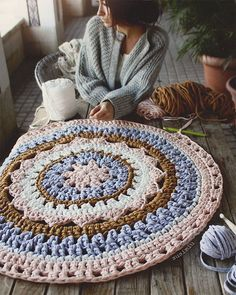Items similar to Crochet with Trapillo hand woven carpet model Camelia. Customizable size on Etsy Crochet Mat, Crochet Carpet, Crochet Mandala Pattern, Crochet Doilies, Crochet Patterns, Cotton Crochet, Crochet Home Decor, Crochet Crafts, Knit Rug