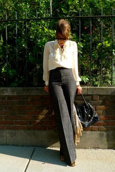 """High rise pants don't have to be """"Granny pants. - Outfits for Work - High rise pants don't have to be """"Granny pants. Office Attire, Office Outfits, Work Attire, Teacher Outfits, Work Outfits, Work Fashion, Fashion Outfits, Womens Fashion, Fashion Hacks"""