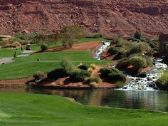 Entrada Golf Course in St. George, Utah and more gorgeous golf courses in Southern Utah. #golfcourse #southernutah
