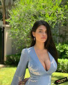 Just Beauty, Beauty Full Girl, Beautiful Girl Image, Gorgeous Women, Brunette Beauty, Look Fashion, Indian Beauty, Sexy Outfits, Pretty Woman