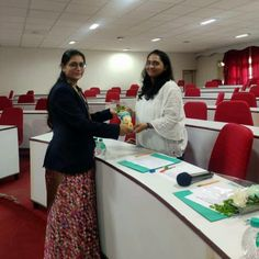 Shruti Sheth was invited as a judge for 'Group Discussion' contest at Metas Adventist College. Event Marketing, Digital Marketing Services, Social Media Marketing, Now And Forever, How To Introduce Yourself, Conference, College, Group, Tips