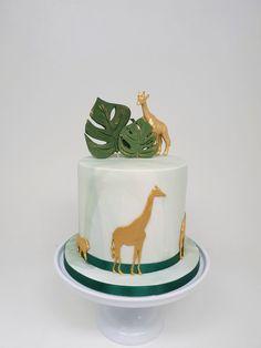 Safari Jungle, Jungle Cake, Baby Boy 1st Birthday Party, Cute Birthday Cakes, Dino Cake, Safari Cakes, Kid Cupcakes, Animal Cakes, Summer Cakes