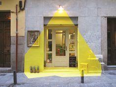 (fos), Madrid, 2013 #yellow #paint #light