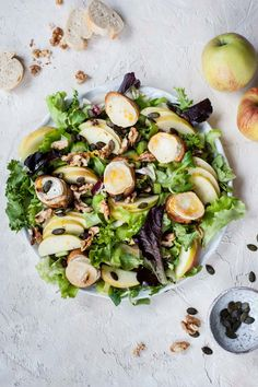 Apple celery salad with walnuts and goat cheese. Crunchy celery and walnuts, sweet and sour apple and golden melted goat cheese on toasts. Tossed in creamy and sharp orange honey dressing. Best Salad Recipes, Salad Dressing Recipes, Whole Food Recipes, Vegetarian Recipes, Delicious Recipes, Chevre Cheese, Goat Cheese Salad, Apple Celery Salad, Salad Toppings
