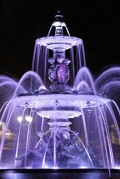 La Fontaine de Tourny by amesis on Flickr.