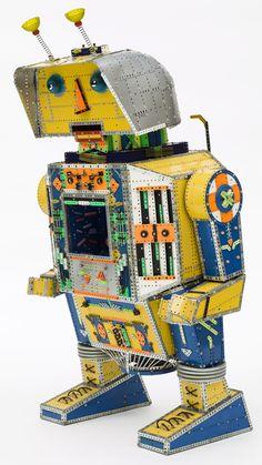 #LOEWEmeccano Exhibition. Meccano© Robot