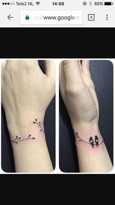 Bird tattoo wrist tattoo one tattoo couple tattoo friend tattoo Vogel Tattoo Handgelenk Tattoo ein Tattoo paar Tattoo Freund Tattoo Simple Wrist Tattoos, Bird Tattoo Wrist, Tattoo Designs Wrist, Arm Band Tattoo, Simple Couples Tattoos, Simple Bird Tattoo, Tattoo Arrow, Classy Tattoos, Branch Tattoo