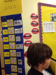 Visual timetable with clocks and talk partners