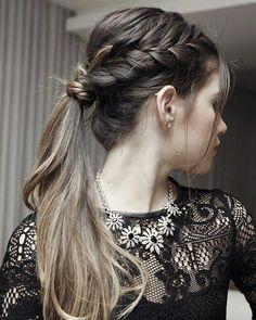 Mais um lindo penteado com trança. Para bombar o rabo de cavalo comum, trança+volume no topo da cabeça #madrinhasemcrise #madrinhacasamento #madrinhas #madrinha #bridemaids #bridesmaids #hair #cabelo #penteado #penteadomadrinha #penteadofesta #ponytail #tranças #braids #rabodecavalo