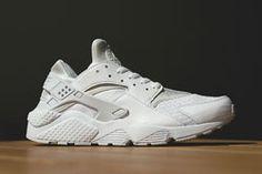 new york a62cc 96c08 Nike Air Huarache (Pure Platinum) - Sneaker Freaker