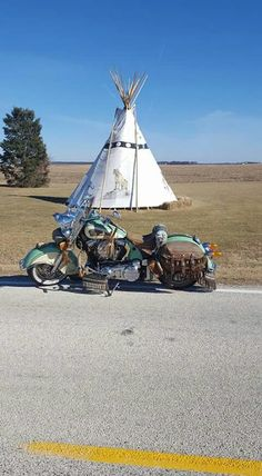 Indian 111 TeePee Triumph Motorcycles, Cool Motorcycles, Indian Motorbike, Vintage Indian Motorcycles, Mv Agusta, Ducati, Mopar, Motocross, Indian Cycle