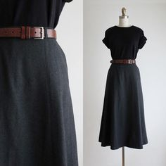 Skirt Outfits, Dress Skirt, Long Wool Skirt, Modest Fashion, Fashion Dresses, Pretty Outfits, Cute Outfits, Look Chic, Minimal Fashion