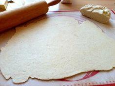 Bleskové lístkové cesto Breakfast Snacks, Camembert Cheese, Dairy, Bread, Cookies, Hampers, Crack Crackers, Brot, Biscuits