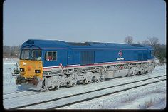 EMD factory picture - Class 66 NCB | Flickr - Photo Sharing! Uk Rail, British Rail, Old Trains, Train Engines, Rolling Stock, Train Journey, Diesel Locomotive, Model Trains, Great Britain