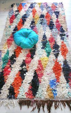 """Vintage Moroccan Rag Rug - BOUCHEROUITE """"Harlequin diamonds"""""""