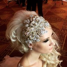 733c237210 𝐁𝐫𝐢𝐝𝐚𝐥 𝐒𝐭𝐲𝐥𝐞𝐬 𝐁𝐨𝐮𝐭𝐢𝐪𝐮𝐞 ( bridalstylesboutique) •  Instagram photos and videos. Headpiece WeddingWedding ...