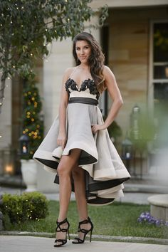 Jasmine wears Philippa Galasso on The Bachelor Australia 3