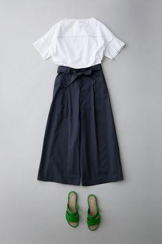 Japan Fashion, Daily Fashion, Spring Fashion, Look Casual Otoño, Leotard Fashion, Fashion Outfits, Womens Fashion, Fashion Trends, Lookbook