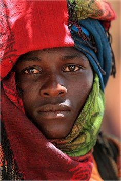 Portrait from Senegal Black Is Beautiful, Beautiful People, We Are The World, People Around The World, Beauty Around The World, African Culture, Many Faces, African Beauty, World Cultures