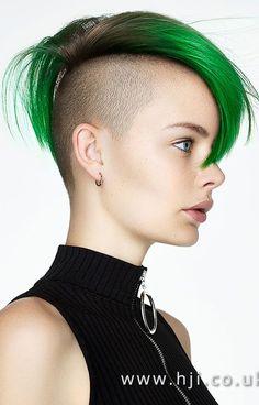 Short Shaved Hairstyles, Short Hair Undercut, Face Shape Hairstyles, Undercut Hairstyles, Cool Hairstyles, Short Green Hair, Brown Pixie Cut, Androgynous Haircut, Extreme Hair