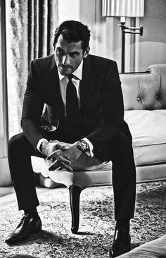 gentlemenzone: Very Dapper… David Gandy - The Lady In Black-Photos Portrait Photography Men, Photography Poses For Men, David Gandy, David Beckham, Famous Male Models, Herren Style, Beautiful Men Faces, Male Poses, Gentleman Style