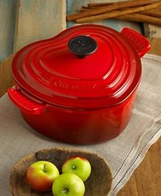 d Cast Iron Heart Casserole