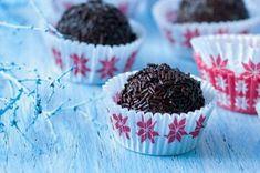 40x vánoční cukroví | Apetitonline.cz Czech Recipes, Muffin, Menu, Cakes, Breakfast, Desserts, Food, Menu Board Design, Breakfast Cafe