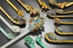 Relics of the king Young-chin's family : binyeo 비녀 hair pin