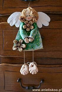 Discover thousands of images about Małgorzata Uliczka Christmas Clay, Christmas Angels, Christmas Crafts, Christmas Ornaments, Diy Clay, Clay Crafts, Diy And Crafts, Pottery Angels, Clay Angel