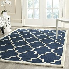 Safavieh Cambridge Collection CAM134G Handmade Navy and Ivory Wool Area Rug, 8 feet by 10 feet (8' x 10')