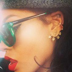 Hippie-luxe jewelry designer Jacquie Aiche talks piercings, weed-inspired jewelry, and calling Rihanna a fan. Work Rihanna, Style Rihanna, Rihanna Love, Rihanna Fenty, Rihanna Fashion, Cuff Earrings, Cuff Jewelry, Swagg, Fashion Earrings