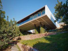 Дом BF (BF House) в Испании от OAB в сотрудничестве с ADI Arquitectura.