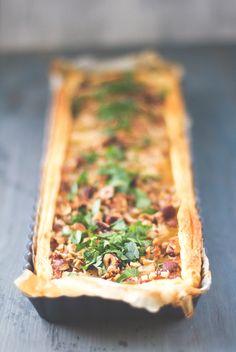 Zeit für leckeres Winter-Soulfood: Vegetarische Schwarzwurzel-Tarte mit Haselnüssen