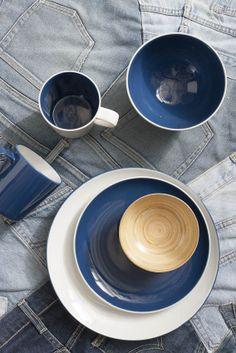 Realización y estilismo www.elenavisers.com foto Amador Toril. Publicado en la revista Interiores Porcelain, Plates, Tea, Tableware, Products, Journals, Cooking, Pictures, Licence Plates