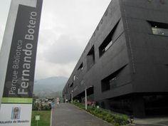 Parques Bibliotecas en Medellín Multi Story Building, Fernando Botero, Libraries, Parks