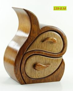 Woodworking For Kids 8 Stupendous Cool Tips: Woodworking Logo Projects wood working tools awesome. Woodworking For Kids, Woodworking Joints, Woodworking Workbench, Woodworking Videos, Woodworking Furniture, Woodworking Crafts, Woodworking Classes, Woodworking Jigsaw, Woodworking Basics