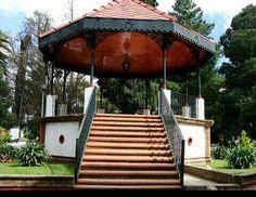 Kiosko en la Plaza Jilotepec Edo. De Mexico.