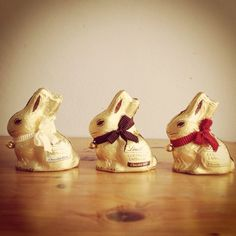 Goldhase #lindt Events, Cook, Chocolate, My Love, Eat, Beautiful, Products, Decor, Decoration