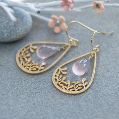 Pink gemstone earrings, Rose Quartz earrings, Rose Quartz jewelry, Gold drop earring, gold chandelier earrings, Teardrop chandelier earrings
